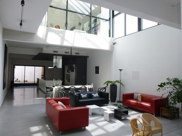 Très grand loft avec terrasse et garage